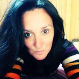Corinne Vi