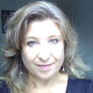 Caroline Hacik