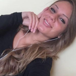Laura Webconseillère Orange Bank