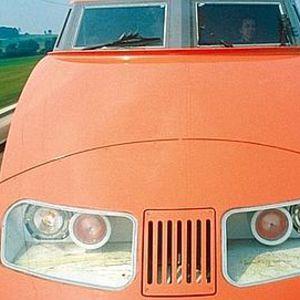 Train Orange Courtage